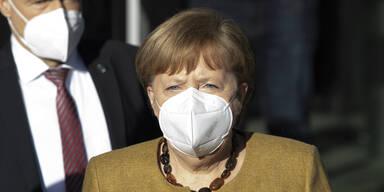 Merkel gibt zu: 'Uns ist das Ding entglitten'