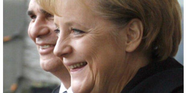 Faymann in Berlin: Die Krise als Thema Nummer eins