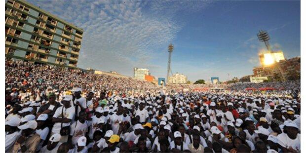 Papst feierte Messe mit 1 Mio. Menschen