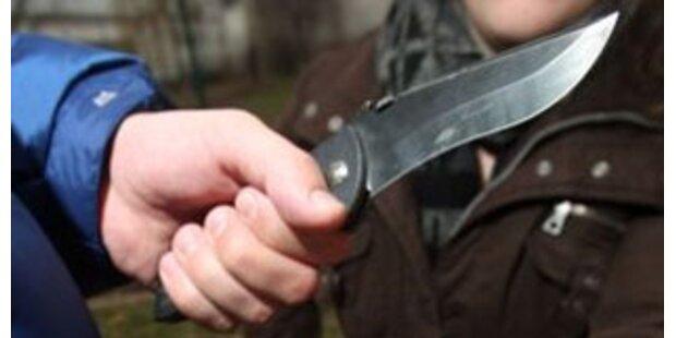 Einbrecher-Quartett verletzte Wachmann mit Messer