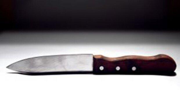 Süchtige liefern sich Messerstecherei