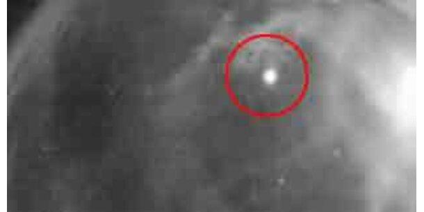 Meteoriteneinschlag auf der Erde gefilmt