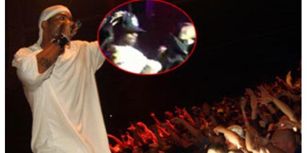 Zu cool für diese Welt: Rapper landet Bauchfleck
