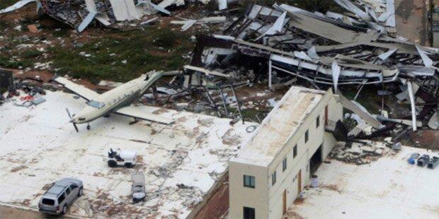 Hurrikan zerstört Urlauber-Paradies