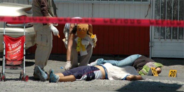 17 Menschen auf Party erschossen