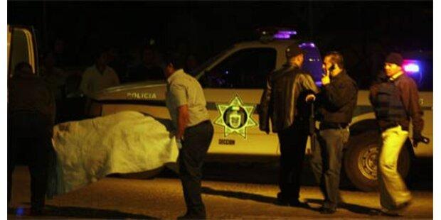 7 Leichen in Säcken von Brücke geworfen