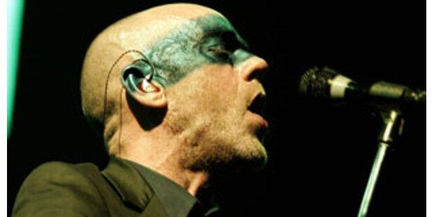 R.E.M spielt im Apple-Store