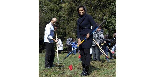 Obamas Frau zieht Gemüse im Weißen Haus