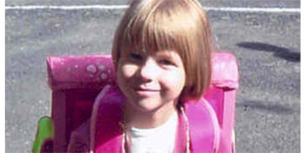 Hunderte bei Andacht für ermordete Michelle