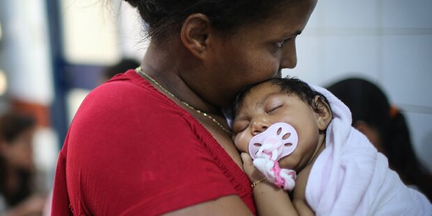 Zika-Virus: Erste Schwangere in Europa infiziert