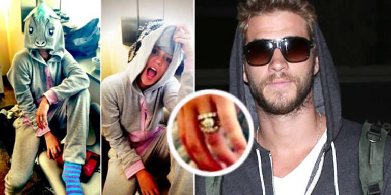 Miley Cyrus trägt Verlobungsring wieder