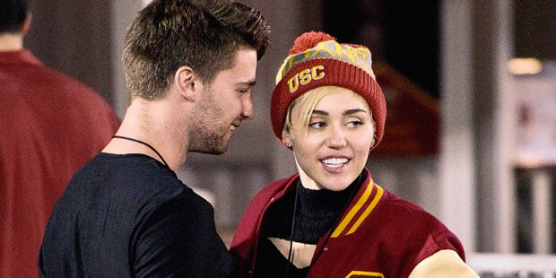 Miley Cyrus: Bringt sie Arnie-Sohn Patrick Schwarzenegger um sein Geld?