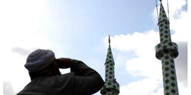 Scharfe Kritik an Minarett-Verbot