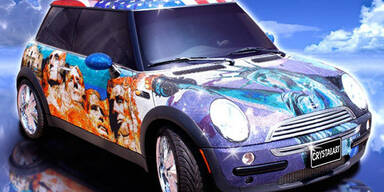 Mini Cooper mit einer Million Swarovski-Steinchen