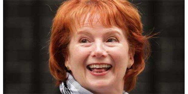 Britische Ministerin tritt zurück