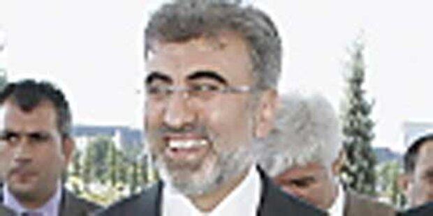 Minister krankenhausreif geprügelt