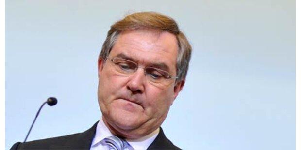 Deutscher Minister Jung tritt zurück