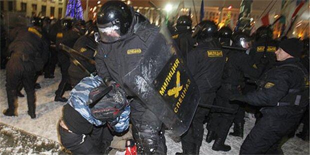 Weißrussland: 37 Oppositionelle angeklagt