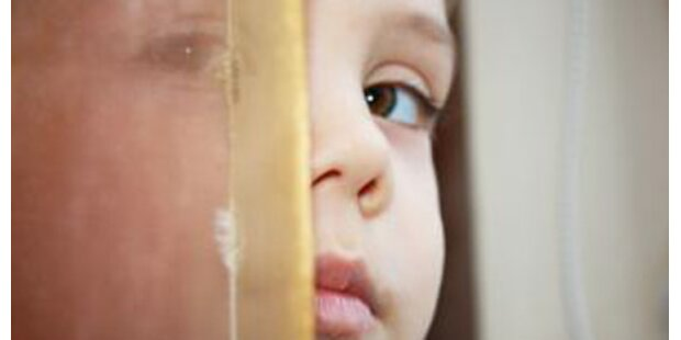 Frau vom langgesuchten Vater missbraucht