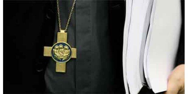 Missbrauch: 100 Fälle an Jesuiten-Kolleg