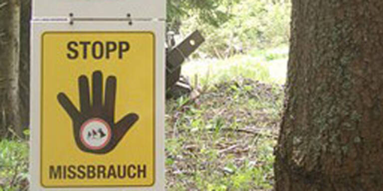 Waldbesitzer verbietet Priestern Durchgang