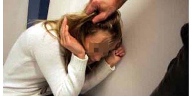 Salzburger soll Mädchen misshandelt haben