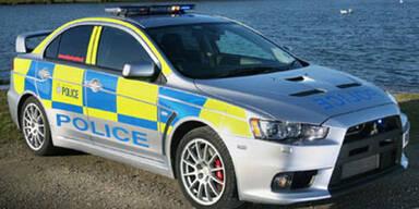 Turbo-Polizei jagt Verbrecher