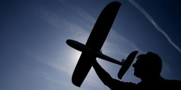 Unfall mit Modellflugzeug: Schwerverletzter