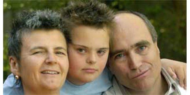 Deutscher mit behindertem Sohn darf doch bleiben