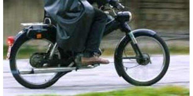 Mofafahrer lieferte Polizei Verfolgungsjagd