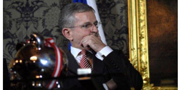 Gagenplus der Politiker kostet 1,8 Mio. Euro