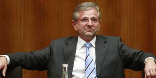 FPÖ zeigt Molterer & Casinos Austria an