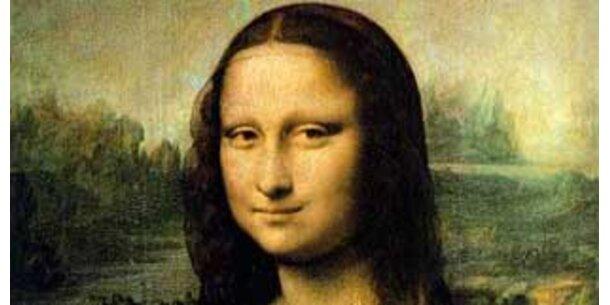 Mona Lisa hatte einst Wimpern und Decke auf den Knien