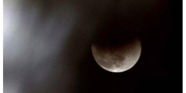Partielle Mondfinsternis am 16. August