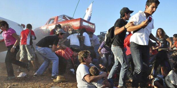 Monster-Truck rast in Zuschauer - 9 Tote