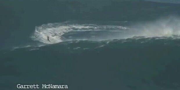 Rekord: Surfer reitet auf 30 Meter hoher Welle