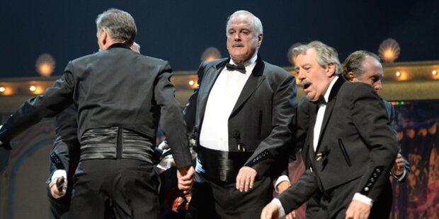 Begeisterte Fans feiern Monty Python