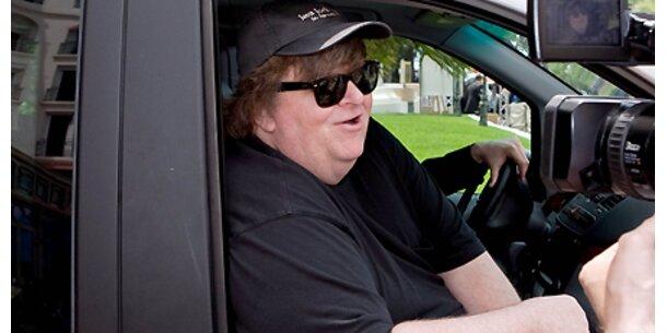 Michael Moore freut sich über GM-Pleite