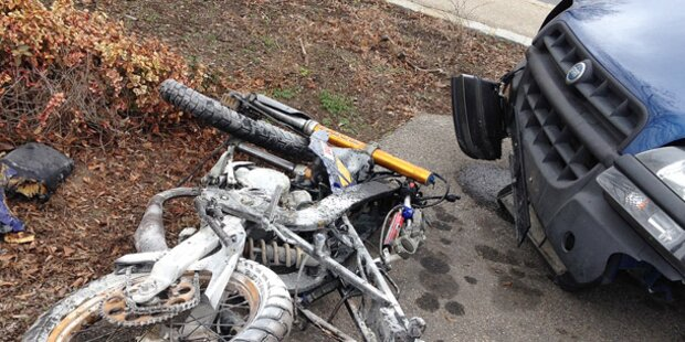 2 Jugendliche bei Mopedunfall gestorben