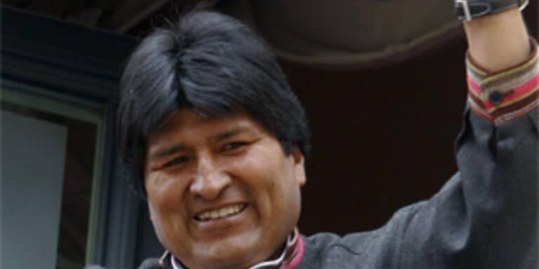 Bolivien gibt Land an Ureinwohner zurück