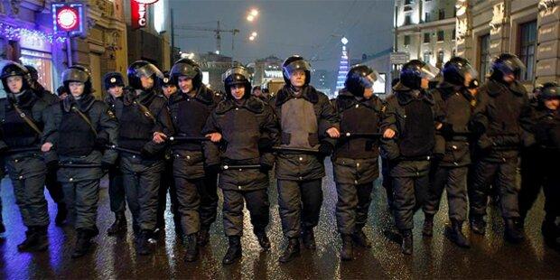 Truppen auf Moskaus Straßen