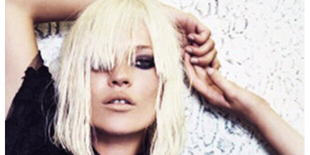Kate Moss als blondes Gift