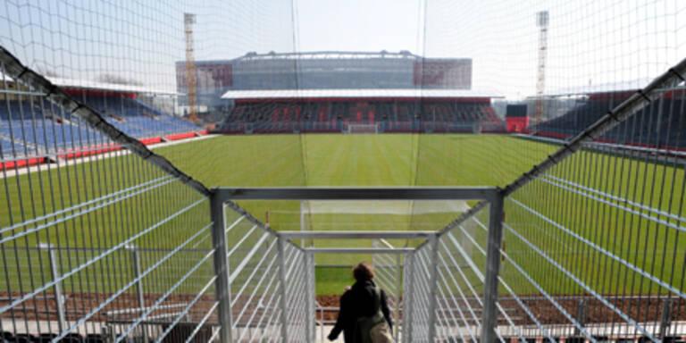 Das mobile Stadion feiert Premiere