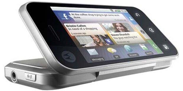 Motorola zeigt das spektakuläre Backflip