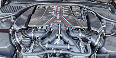 BMW und VW halten am Verbrennungsmotor fest