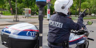 Motorrad-Polizist