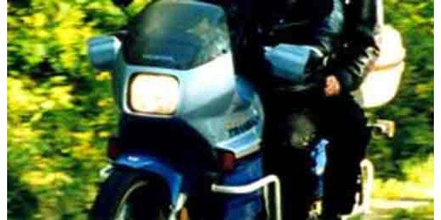 Bein abgetrennt - Motorradfahrer merkte nichts