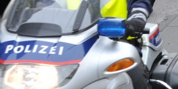 Polizist kracht in Traktor und stirbt