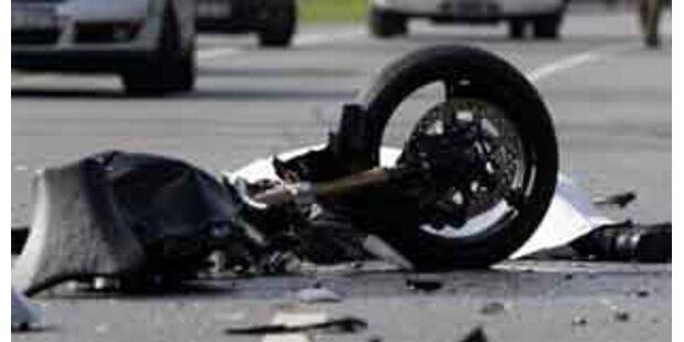 31-jähriger Biker tödlich verunglückt