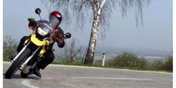 Motorradlenker stirbt bei Crash auf B78